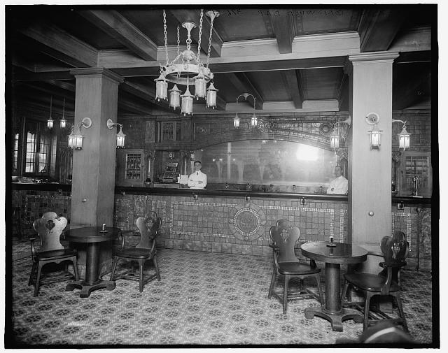 Detroit's Griswold Bar, ca 1900-1920. Library of Congress Archives.